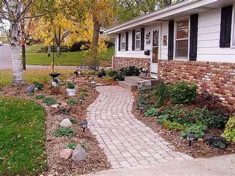 Backyard Sidewalk Ideas by 70 Creative Walkway Ideas And Designs