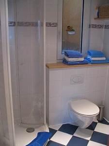 Dusche Neben Toilette : appartement ~ Markanthonyermac.com Haus und Dekorationen