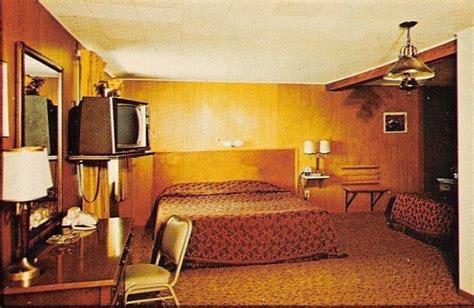 hotel motel rooms