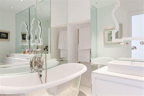 modern white bathroom ideas spacious home in keribrownhomes Modern White Bathroom Ideas