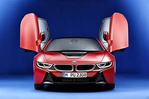 2016 BMW i8 vs 2016 Tesla Model S: Compare Cars