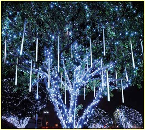 dripping icicle outdoor christmas lights dripping icicle lights outdoor lighting and ceiling fans