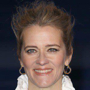 Her birthday, what she did before fame, her family life, fun trivia facts, popularity rankings, and more. Edith Bowman - Bio, Facts, Family | Famous Birthdays
