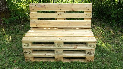 cuisine fabriquer  banc en bois avec des palettes mzaol banquette palette tuto banquette