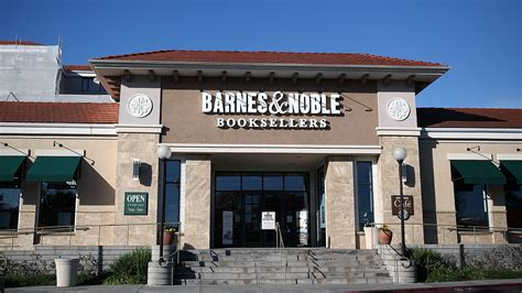 barnes and noble harry potter barnes noble losses blame it on harry potter
