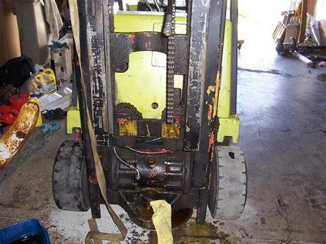 clark lift truck fork lift