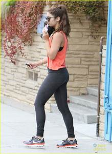 Vanessa Hudgens: Walk After Workout | Photo 566396 - Photo ...