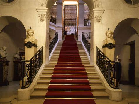 le plus grand escalier du monde escalier de la bnf la pol 233 mique revient