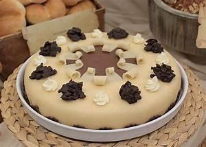 Torte Zum 50 Geburtstag Selber Machen : buttercreme marzipan torte rezepte ~ Frokenaadalensverden.com Haus und Dekorationen