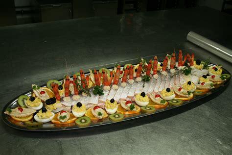 cuisiner un saumon entier charcuterie des familles