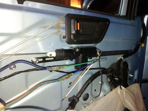 hyundai getz aftermarked remote controlled central lock