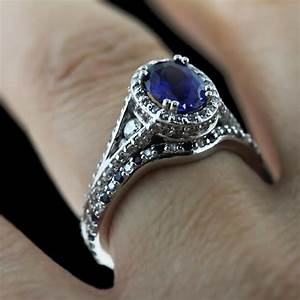 Pop of color the gemstone engagement ring trend for Sapphire engagement ring and wedding band set