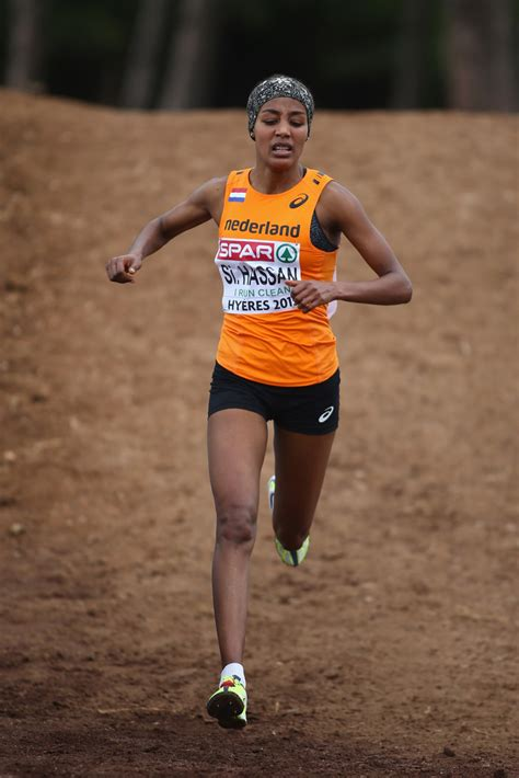 Sifan hassan just broke the 10,000 meters. Sifan Hassan Photos Photos - European Cross Country Championships - Zimbio