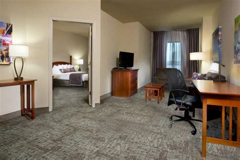Bedroom Suite New Orleans by Hotel Staybridge New Orleans La Booking