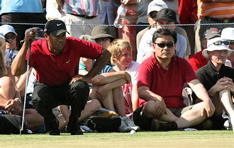 Tiger Woods drifted in and out consciousness when police ...