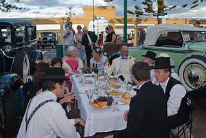 New Zealand Small Guided Tours - Hawkes Bay Art Deco Festival
