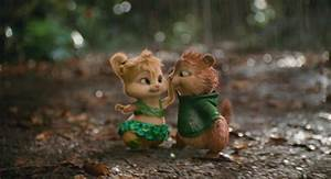 Alvin And The Chipmunks Theodore And Eleanor Kiss | www ...