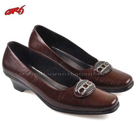 jual promo spesial sepatu wanita formal kulit asli marun