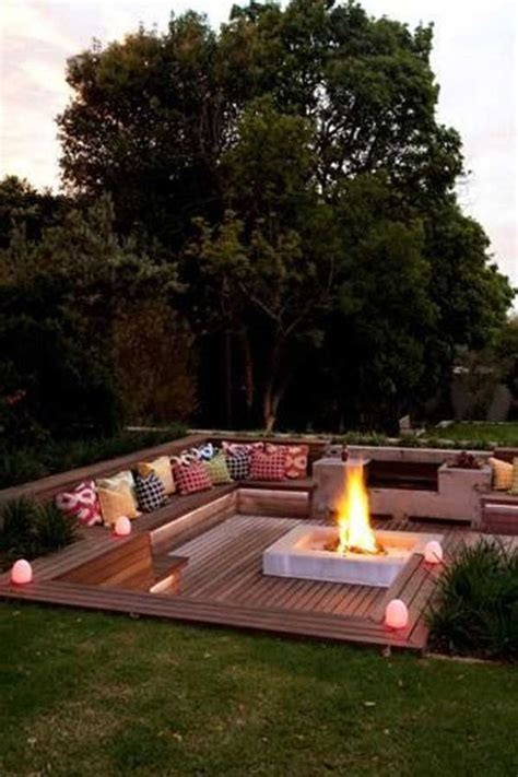 Backyard Decorating Ideas Images by 25 Best Cheap Backyard Ideas On Inexpensive