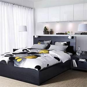 tete de lit avec rangement pour une chambre plus organisee With chambre bébé design avec meuble a fleur