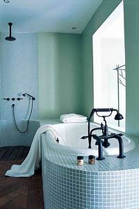 Carrelage Vert D Eau : carrelage salle de bains et si on carrelait aussi la baignoire c t maison ~ Melissatoandfro.com Idées de Décoration