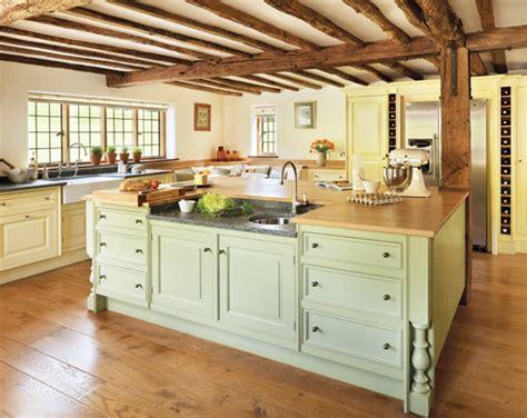 15 Beautiful farmhouse kitchens   TEVAMI