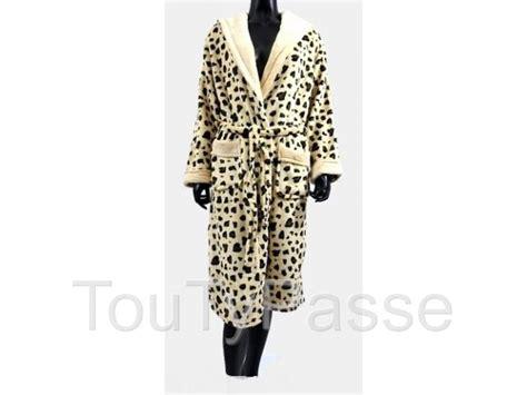 chambre leopard robe de chambre léopard