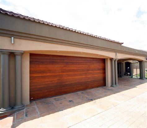 horizontal sliding garage doors horizontal sliding garage doors hormann vertical side