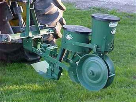 Used Farm Tractors For Sale New Cole 12mx Planter (2004