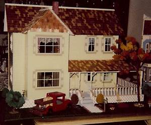 Yellow Farmhouse Nana39s Dollhouses And Miniatures