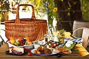 Romantisches Picknick Ideen : picknick am wasser orte f r das erste date top10berlin ~ Watch28wear.com Haus und Dekorationen