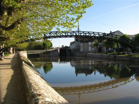 mairie chalette sur loing montargis le pont eiffel