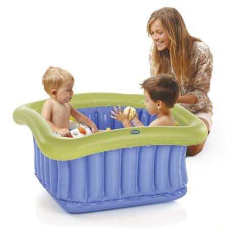 baignoire de pour bebe baignoire b 233 b 233 gonflable pour espace 60x60cm de sur allob 233 b 233