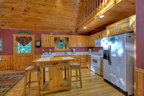 loon loft cabin rental cabin cuddle  cabin rentals