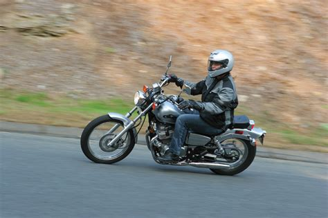 5 Tips For Short Riders Handling Tall And Big Motorcycles