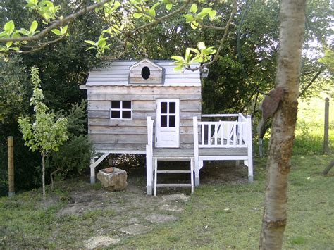 jardin cabane les cabanes de jardin abri de jardin