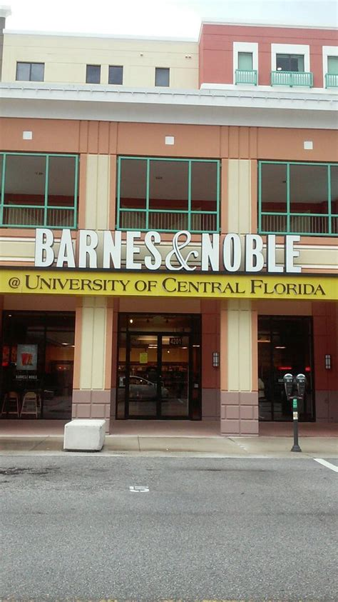 barnes and noble college barnes and noble at ucf bookstores 4201 east plaza dr