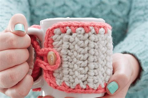 Crooked coffee cozy by danyel pink, on danyel pink designs blog: 7 Free Crochet Coffee Cozy Patterns You Need to Try!