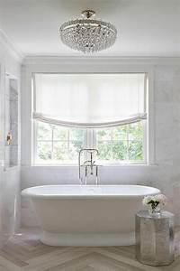 Kronleuchter Für Badezimmer : 41 fantastische ovale badewanne modelle ~ Markanthonyermac.com Haus und Dekorationen