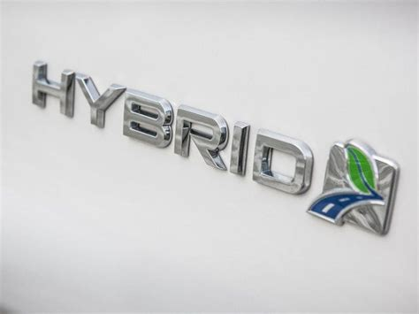 Ford confirms plans for Mondeo Estate hybrid   Express & Star