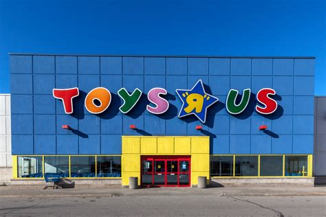 Online Shopping Didn't Kill Toys R Us. These 4 Marketing