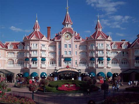 Travel To Disneyland Park At Paris Travel And Tourism