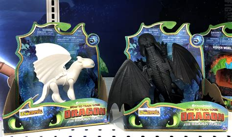 toys    fully loaded    train  dragon  hidden world action figures