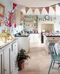 Küchen Und Esszimmerstühle : k che schweden style bunt k chen pinterest ~ Watch28wear.com Haus und Dekorationen