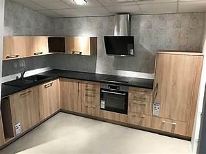Arbeitsplatte Küche Eiche : hausmarke musterk che eiche natur l k che abgesetzt mit ~ A.2002-acura-tl-radio.info Haus und Dekorationen