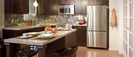 cuisine armoire brune projets et idées de rénovation et décoration pour la