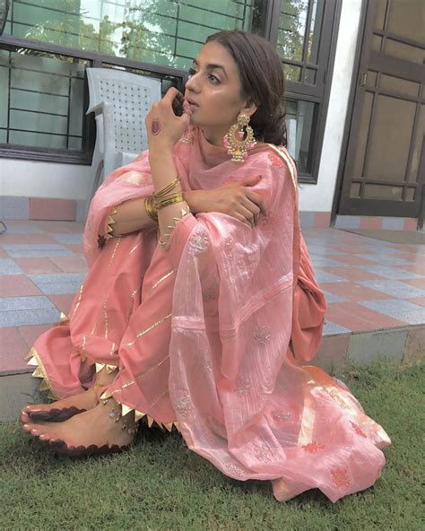 beautiful  eid pictures  hira mani   family