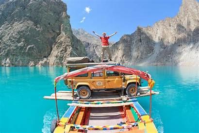 Pakistan Tourist Foreign Visiting Tourism Guide Tours