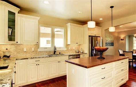 white or cream kitchen cabinets cream colored kitchen cabinets with glazing quotes