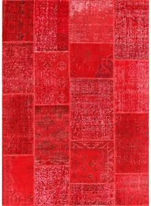Tapis Rouge Salon : tapis xxl pour salon vintage patchwork 1 rouge de la collection unamourdetapis ~ Teatrodelosmanantiales.com Idées de Décoration
